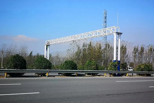 武汉公路龙门架